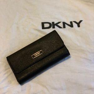 Black DKNY wallet